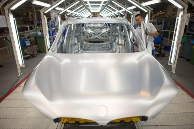 Dreun voor VDL Nedcar: BMW stopt na 2023 met deel productie in Born ondanks contract