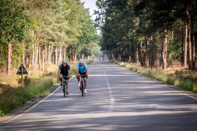 Hamont-Achel weert auto's op wegen waar veel recreanten wandelen en fietsen