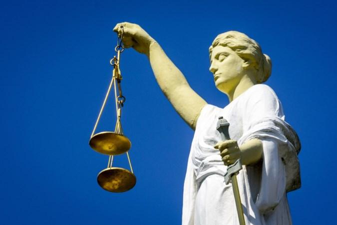 Vanwege vermeende diefstal ontslagen ambtenaar Roermond in hoger beroep