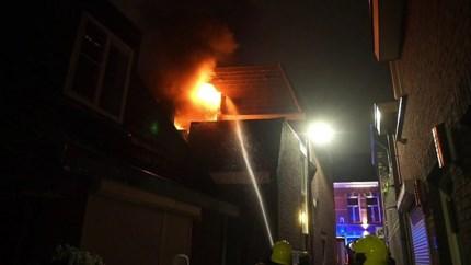 Video: Uitslaande brand in appartement in hartje binnenstad Weert
