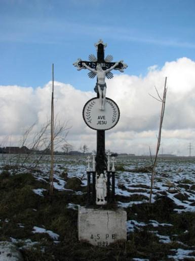 Wegkruis Groot Genhout verdwenen na ongeval