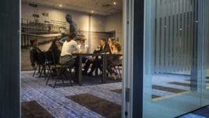 Enquête: hoeveel studenten komen naar Maastricht?