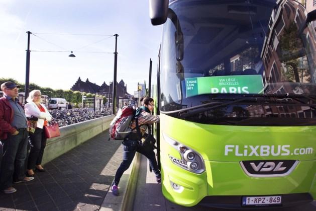 VDL neemt busdivisie onder loep