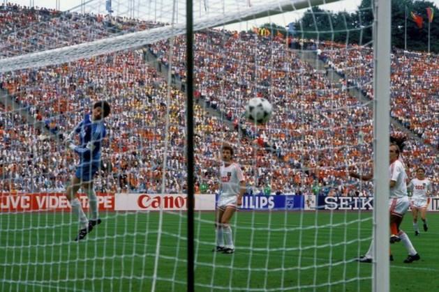 Legendarische EK-goal Van Basten genomineerd door BBC