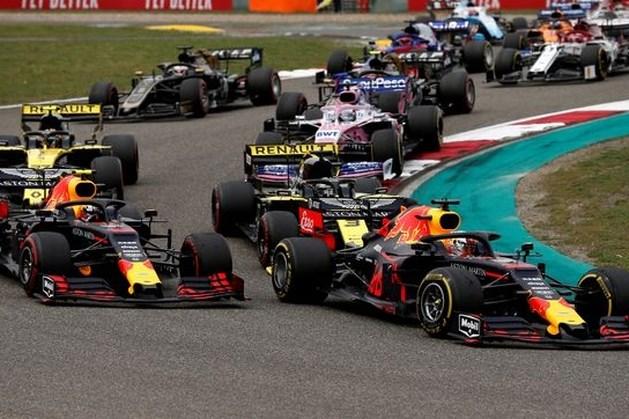 Verstappen krijgt regenboog op Formule 1-bolide
