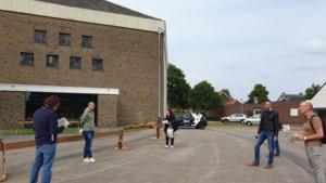 Veel zwerfvuil, hondenpoep maar ook volop sfeer in Offenbeek
