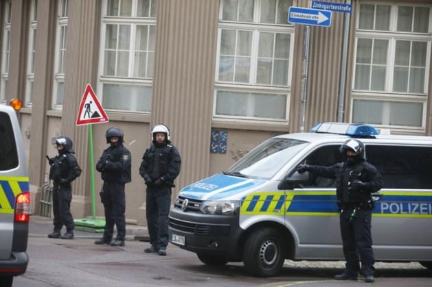 Duitsland politie doet invallen na verbod op extreemrechtse groep