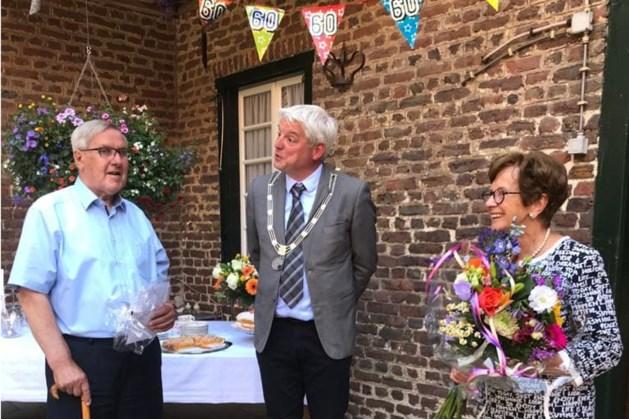 Frans en Fief krijgen persoonlijke felicitatie van burgemeester