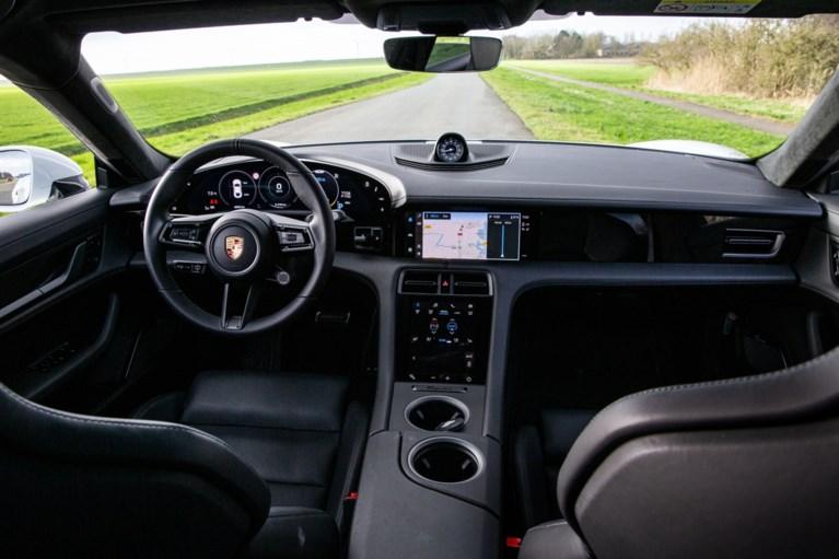 Spanningsmeter Porsche Taycan Turbo S