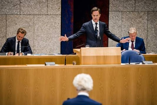 Rutte: suggesties over zorgsalarissen zijn 'populistisch'