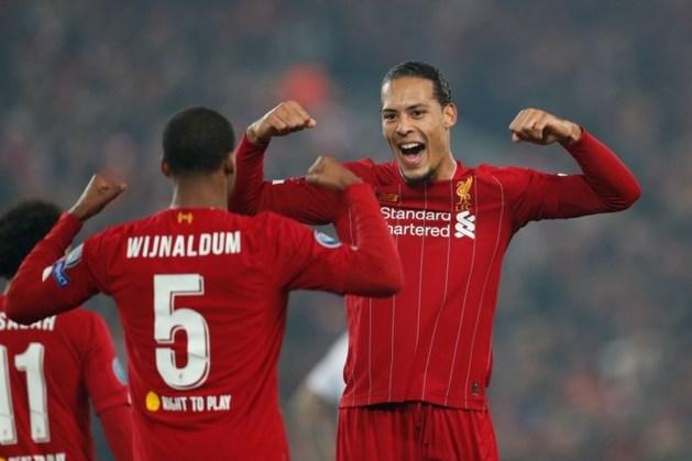 Liverpool voor het eerst in 30 jaar kampioen na misstap City bij Chelsea