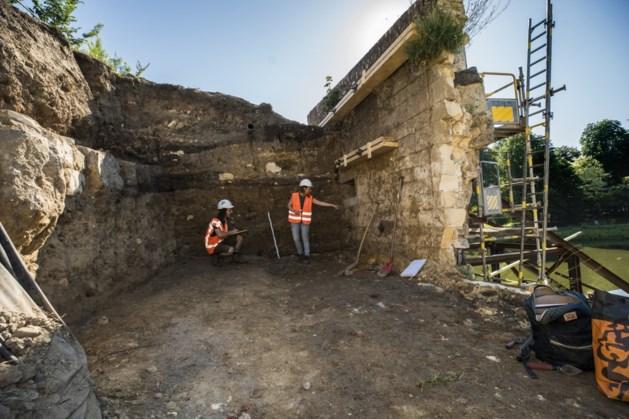 Onderzoek ingestorte stadswal: resten van weergang aangetroffen