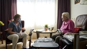 Verpleeghuizen Proteion weer volledig open voor bezoek