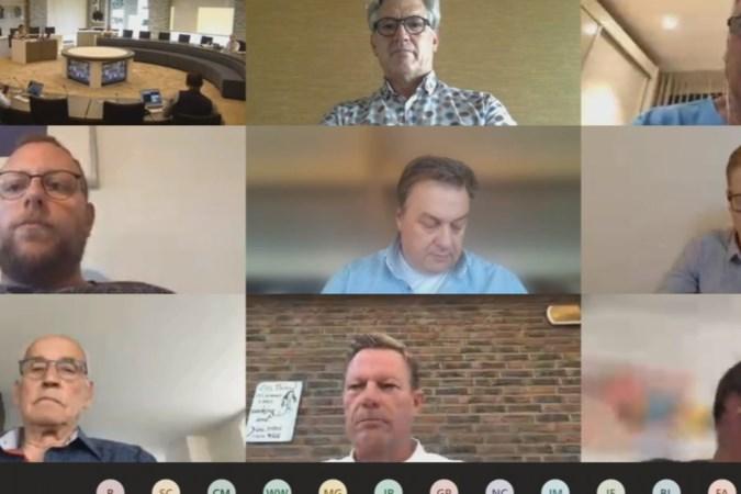 Burgemeester Leurs: 'Digitaal vergaderen voorlopig beste optie voor Stein'