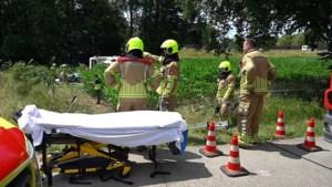 Video: Vier gewonden bij ongeval met camper op A2