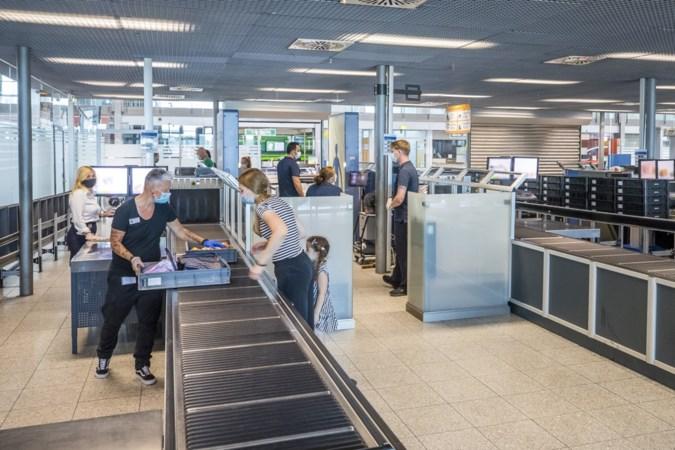 Onwezenlijke sfeer op Airport Weeze na coronafase