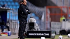 Lijfsbehoud redt Luhukay niet, trainer ontslagen bij St. Pauli