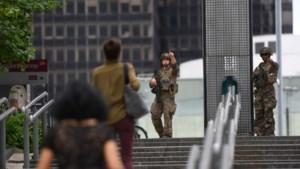 Politie treft 'gewapende man' niet aan bij doorzoeking winkelcentrum Parijs
