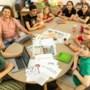 Schoolverlaters Synergieschool maken eigen krant als aandenken aan basisschooltijd