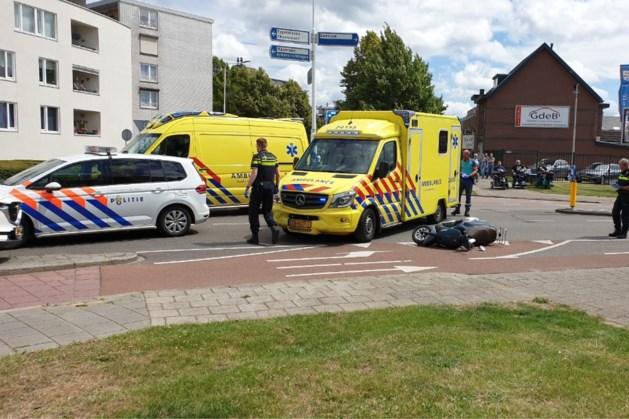 Scooterrijder ernstig gewond na aanrijding met auto