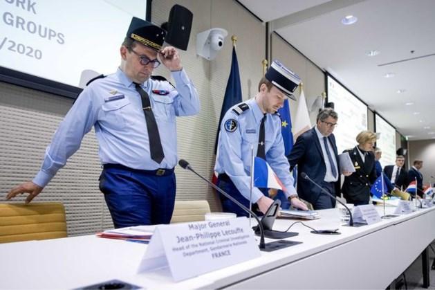 Politie en justitie kraken chatdienst gebruikt door criminelen: miljoenen berichten live meegelezen