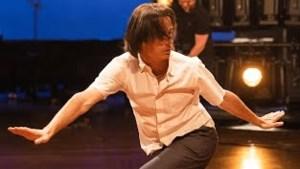 Heerlenaar Joost Vrouenraets danst deze zomer  coronaproof in 53 Nederlandse gemeenten