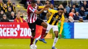 PSV oefent thuis tegen Vitesse, met duizenden toeschouwers