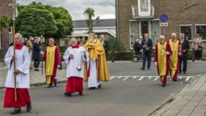 Kerkelijke tradities komen voorzichtig weer tot leven