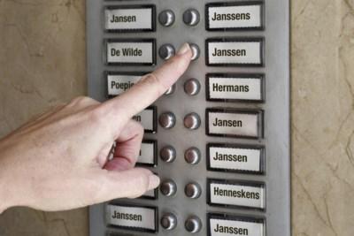 Van Poepjes tot Janssen: een duik in de historie van de achternaam