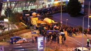 Twee verdachten opgepakt na boerenprotest bij Eindhoven Airport: jongen (17) reed met trekker in op marechaussee