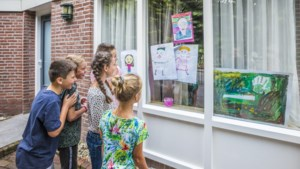 Leerlingen van basisschool STip maken kunstroutes in Tienray en Swolgen
