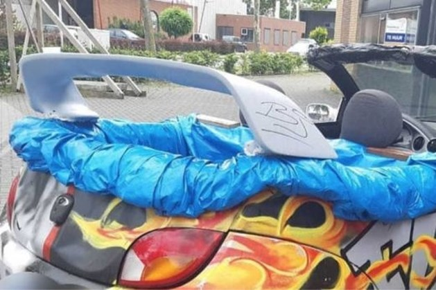 Politie neemt rijdend zwembad van Youtuber in beslag