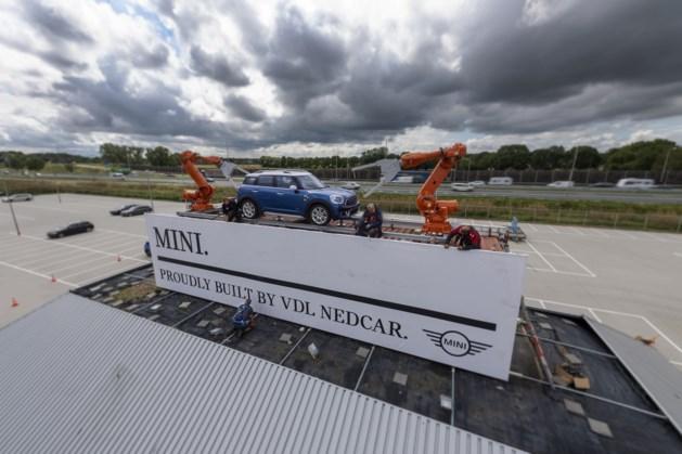 De Mini is terug, nu met twee robotarmen