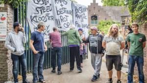 Bewoners Emmaus Feniks vechten tot laatste snik voor hun klooster