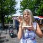 Kim Holland: 'Eerst ging ik als Jehova langs de deuren, later met sekscassettes'