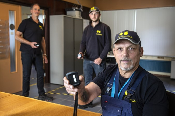 Piepers voor medewerkers Steinse buitendienst om op anderhalve meter afstand van elkaar te blijven