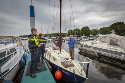Preventieactie in jachthavens: 'Zo'n motor van een boot schroeven is zo gebeurd'