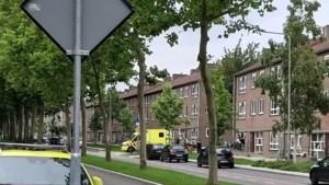 Verwarde Gelener gewond afgevoerd na buurt in spanning te hebben gehouden