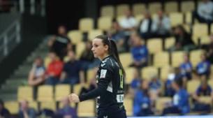 Handbalkeepster Claudia Rompen kan niet knallen door harde knal