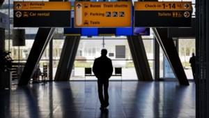 Passagiers met corona op 45 in Nederland gelande vluchten