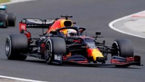 Max Verstappen tweede in GP Hongarije ondanks crash in opwarmronde