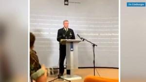 Video: Vlaggen halfstok na helikoptercrash Aruba waarbij piloot uit Well omkwam