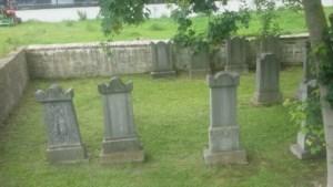 Joodse begraafplaatsen vaak achteraf gelegen