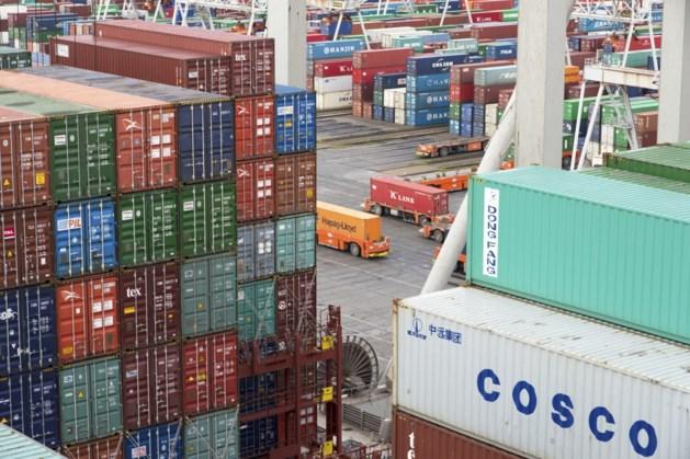 Overslag in Rotterdamse haven hard omlaag, maar schade valt mee