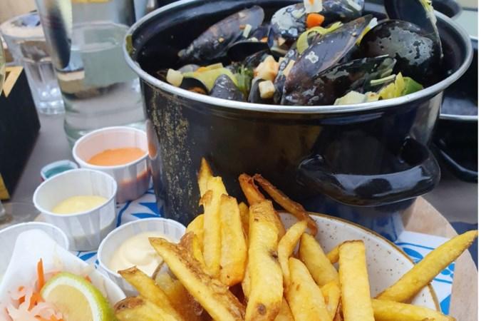 Beachclub Oolderhof in Herten: beachfun met stoer seafood