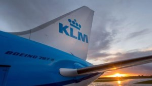 Joodse passagier weigert naast vrouw in vliegtuig te zitten, KLM in de fout