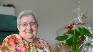 Mevrouw Schmitt uit Kerkrade vierde 104de verjaardag