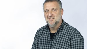 'Alsof met het pensioneren van Tinus het onkruid weliger is gaan tieren dan ooit'