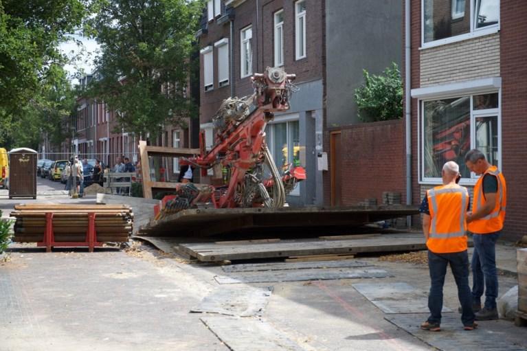 Gewonde na omvallen boorapparaat bij werk aan sinkhole in Kerkrade