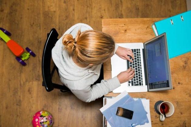Nibud: thuiswerken kost werknemer honderden euro's per jaar